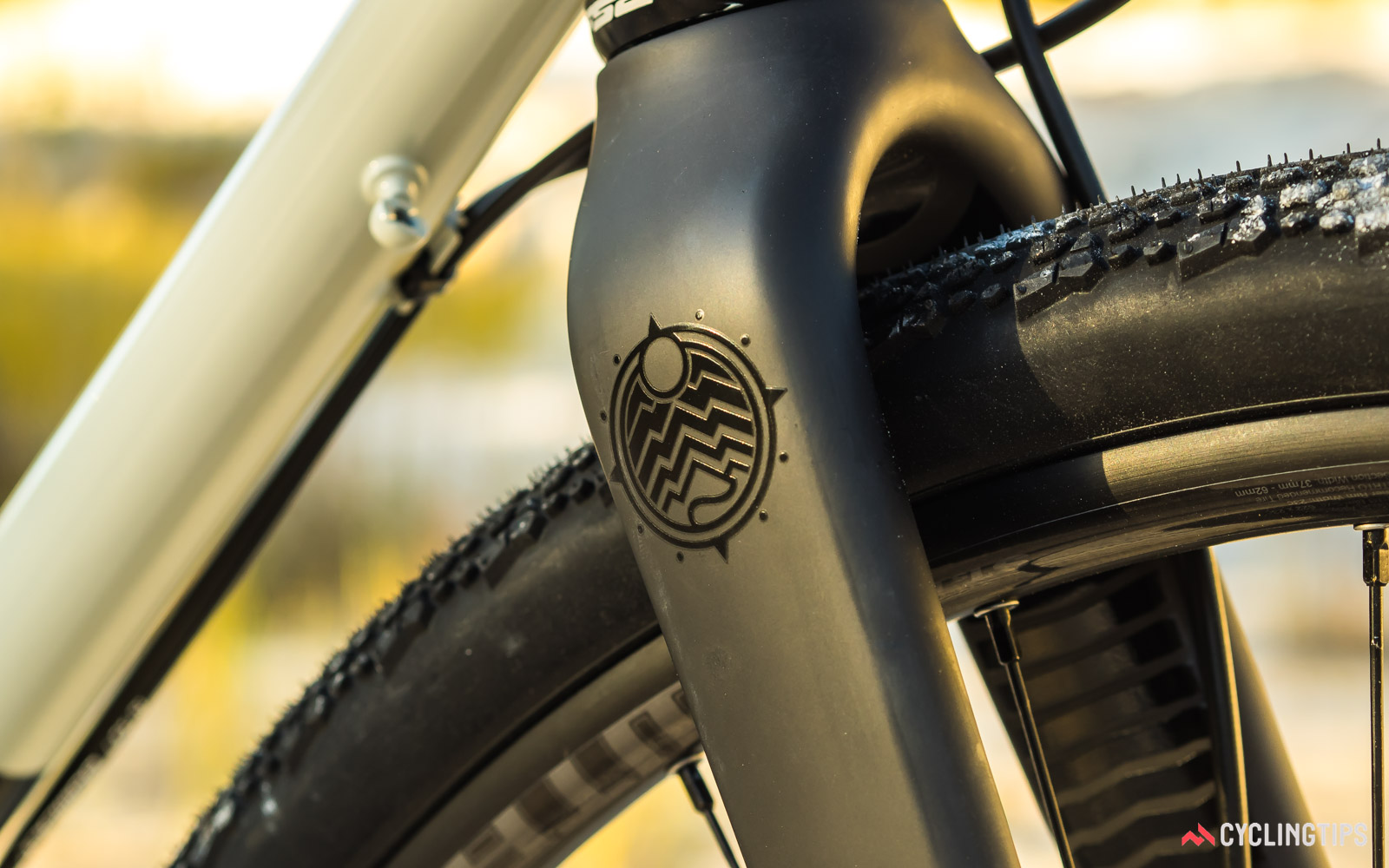 Norco-2018-Search-XR-Steel-Rival-carbon-fork