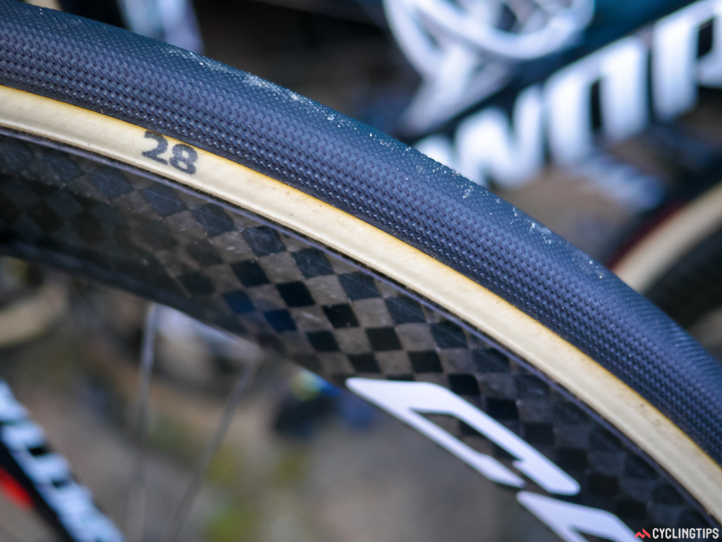 Astana was using Specialized's new rubber compound and FMB carcass tubulars. They had 28mm on the front and 30mm on the rear.