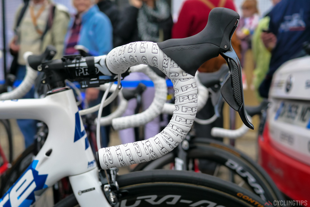 Pinot clearly like's a deep classic drop on his bars. The tape also seemed slightly think.