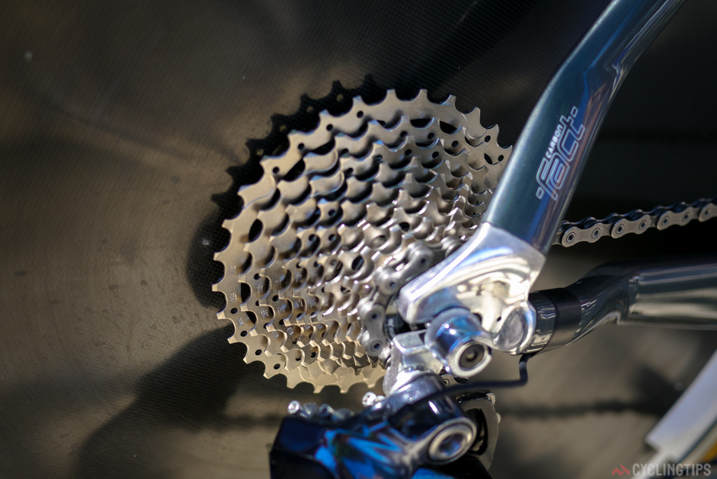 The 11-32 tooth cassette.