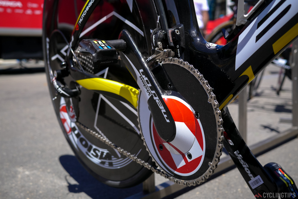 Visions Meron chainset is one of the more OTT looking aero chainsets on any of the time trial bikes.