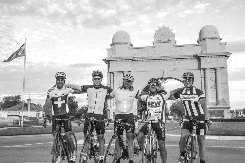 Pane e Acqua Team in Ballarat before the start of the 2014 Audax Oppy All Day Trial (Left to right: Jeremy Canny-Smith, Chris Munro, Trevor Junge, James Black, Craig Fry) (Image: Simon Maddison).