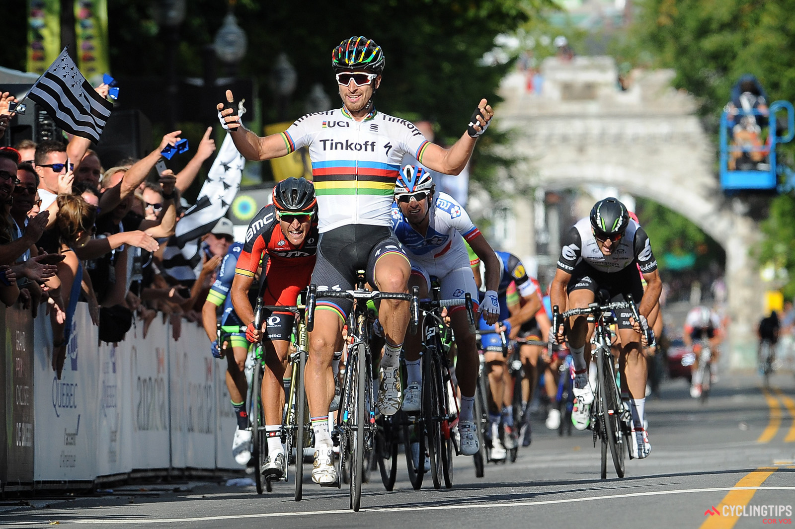 Peter Sagan returned to the winner's list at the GP de Quebec, beating out Olympic champion Greg Van Avermaet.