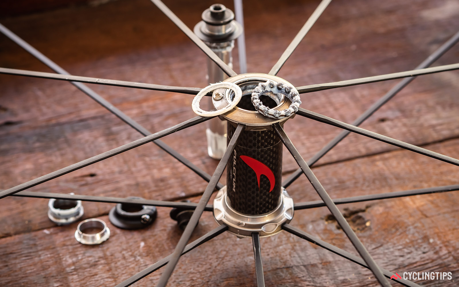Fulcrum-Racing-Zero-front-hub-assembly