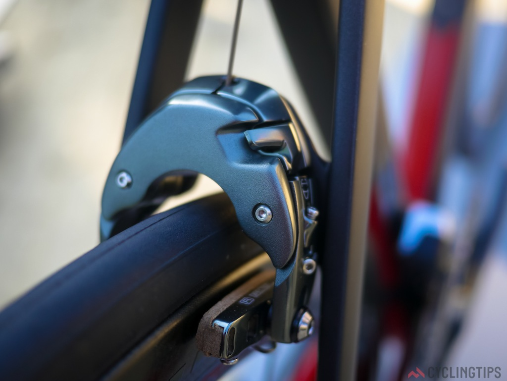 The brakes have been developed in conjunction with the new frame. As you may notice they have no Bontrager branding on them. Remove the two front screws and behind the plate there is access to the cable and other internals.