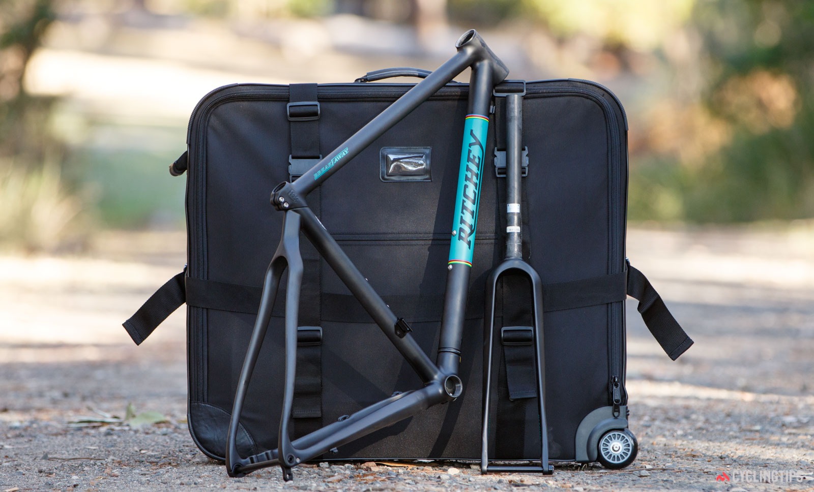 Ritchey Outback Carbon Break-Away frameset with case