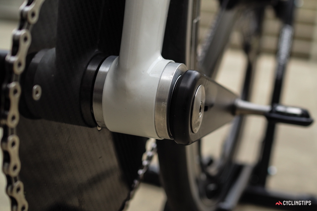 The bottom bracket measures just 50mm between the crankarms.