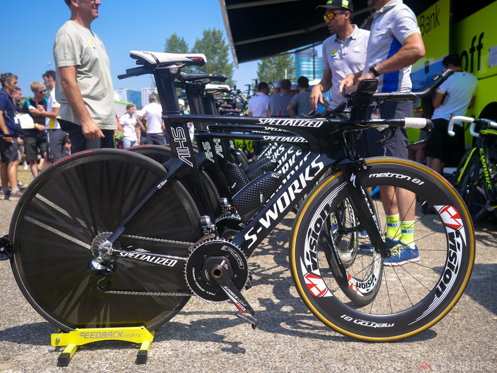 Sagan's Specialized Shiv in all it's glory. Notice the Lightweight Autobahn rear wheel a deviation from the team sponsored Vision wheel.