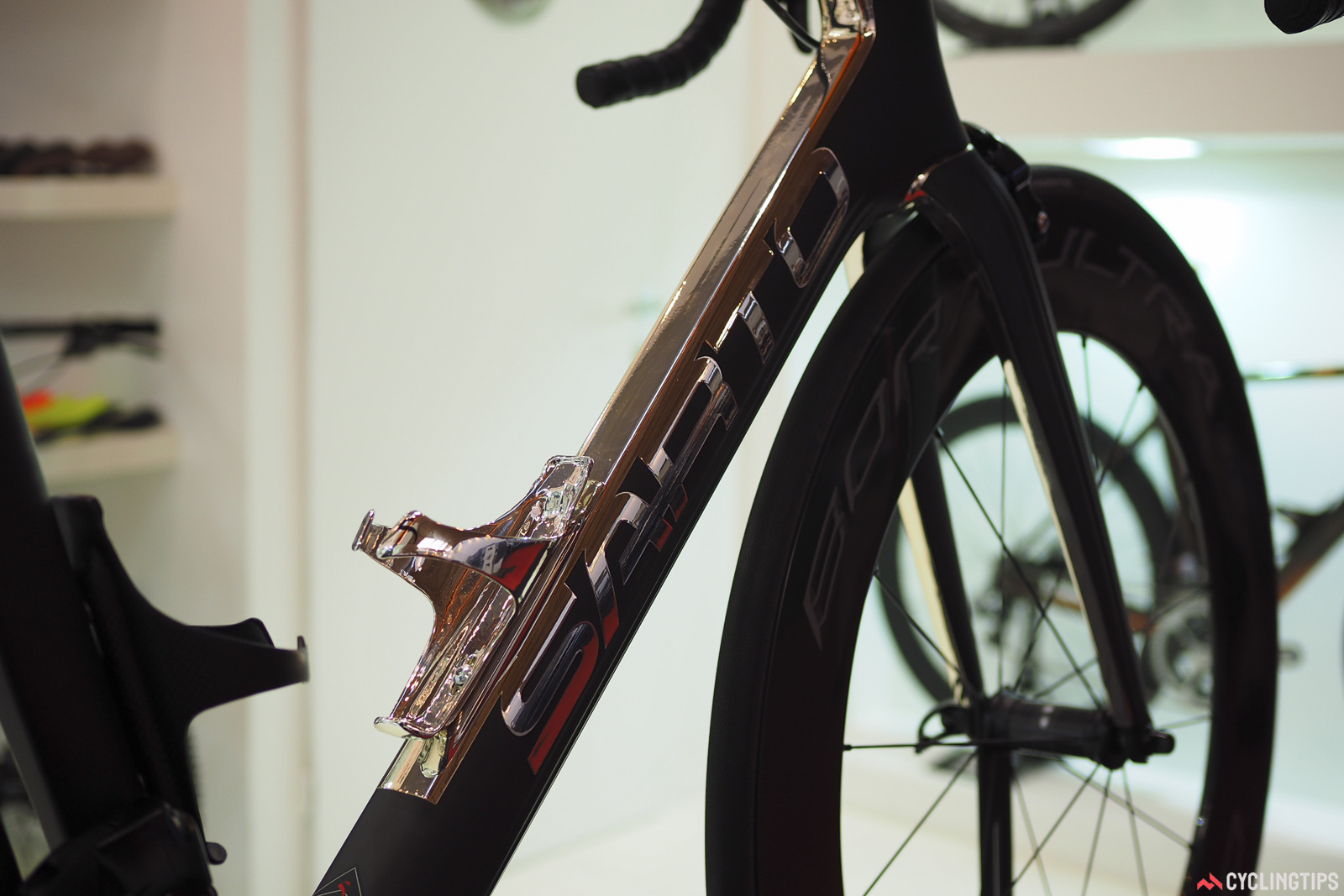The finishes on Sarto frames are simply incredible. Photo: James Huang.