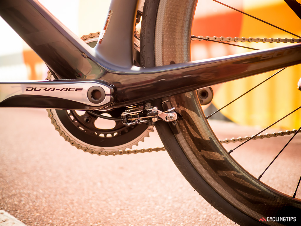 According to Scott, positioning the rear brake on the chainstays requires no extra fortification and allows the seatstays to be engineered for extra compliance.