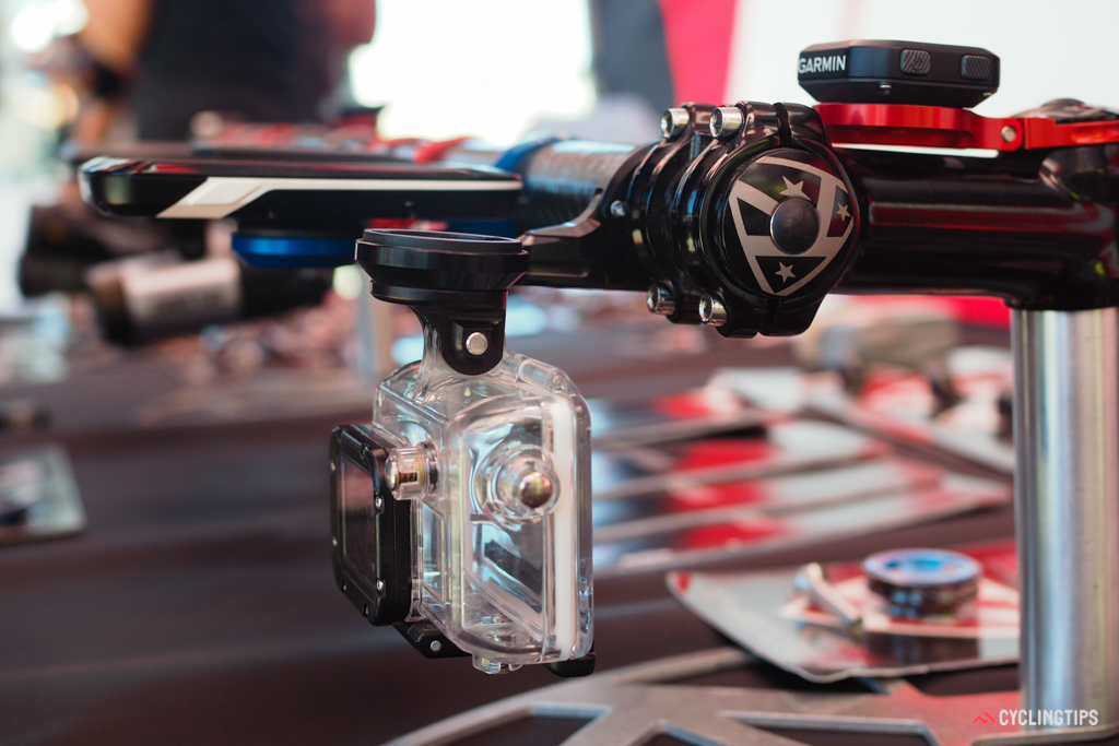 K-Edge's aluminium construction is especially well suited to combo-style mounts, which hang quite a bit of weight from a single piece of hardware.