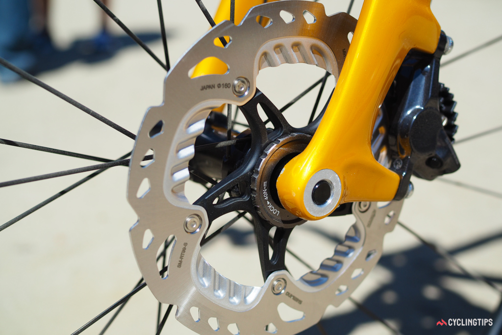 Vittoria expects that the most popular front hub configuration for the new Qurano disc-compatible road wheels will be the new 12mm thru-axle standard.