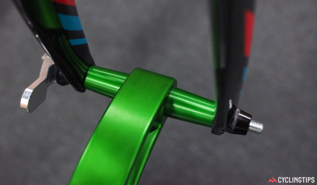 The front end of the Seasucker Komodo rack uses interchangeable inserts for use with different axle standards.