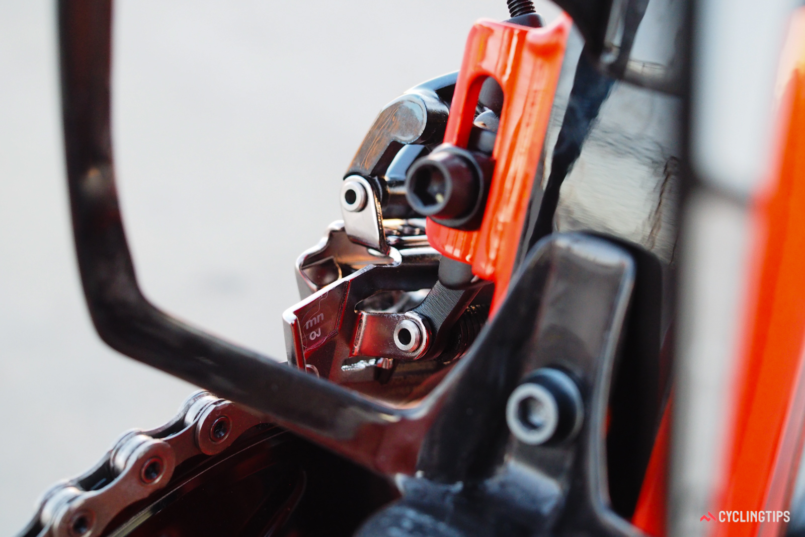 Many of the linkage arms are aluminum on the new Shimano Dura-Ace 9100 front derailleur, but the cage is steel for long-term durability.