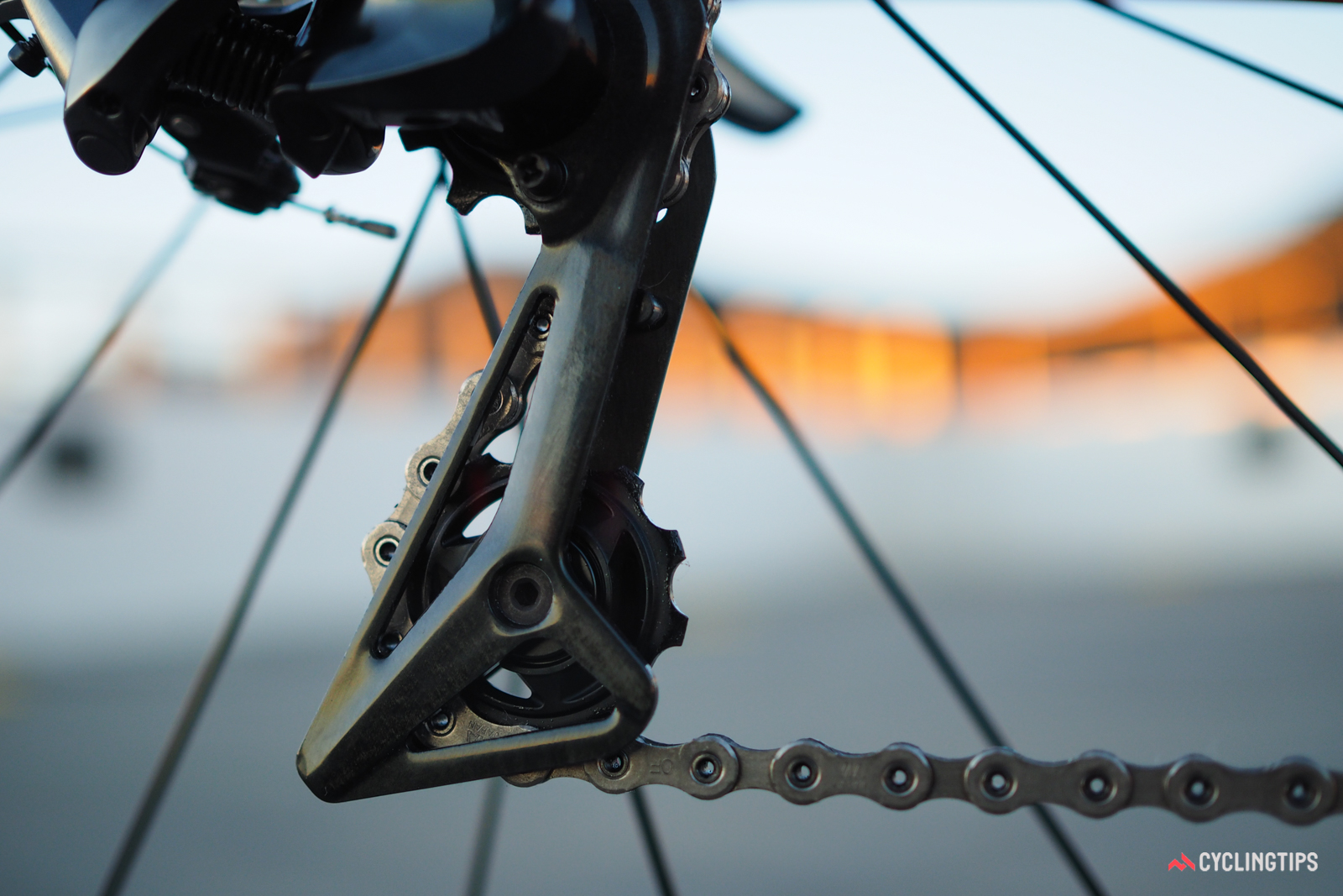 The carbon fiber pulley cage is admirably rigid.