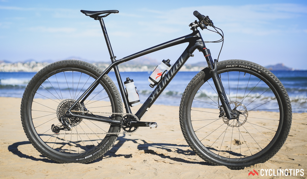 The 2017 Epic Hardtail Pro Carbon World Cup is also available in a stealthy black