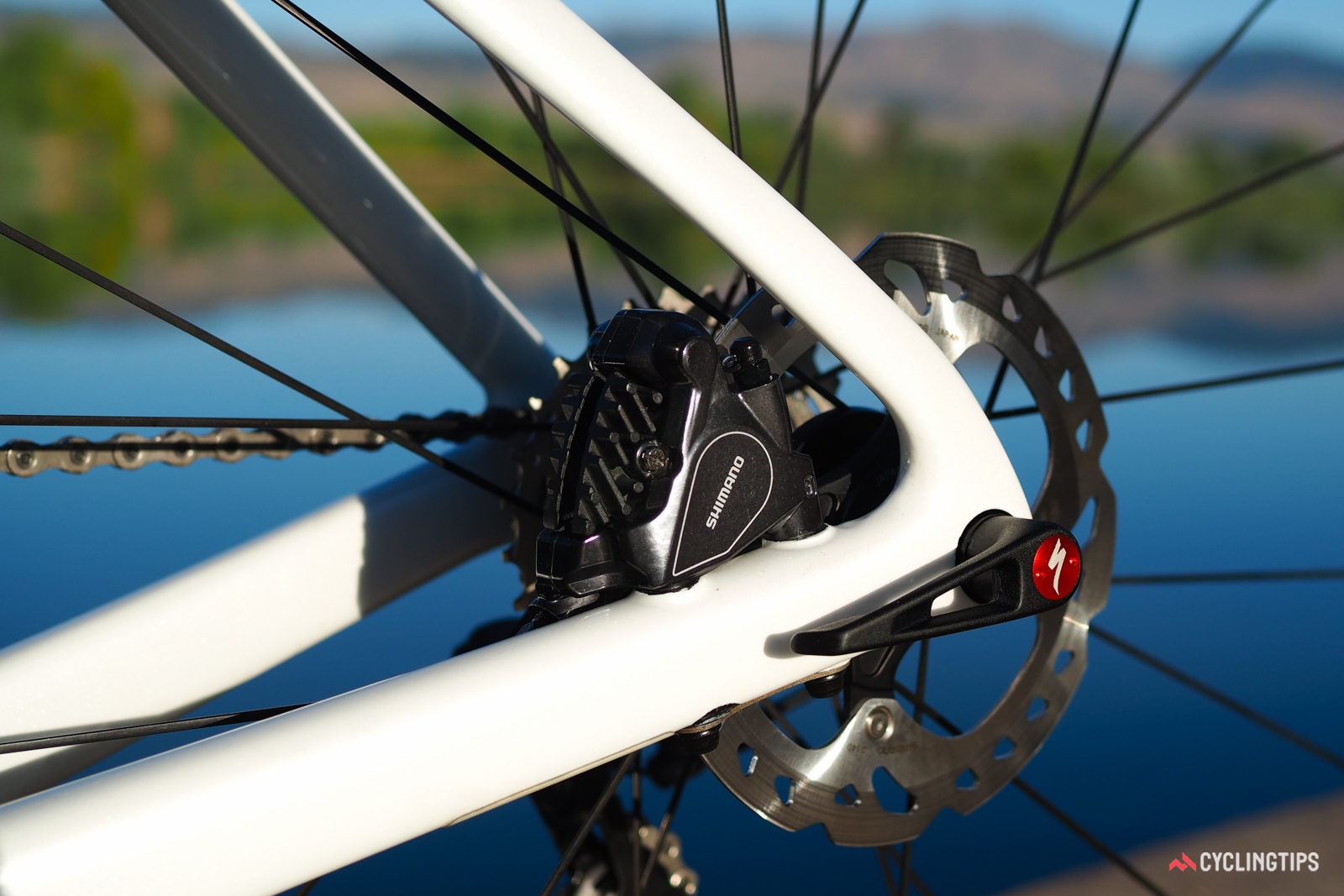 According to Specialized aerodynamicist Chris Yu, flat-mount disc calipers all almost no drag, even when compared to the most integrated of rim brakes.
