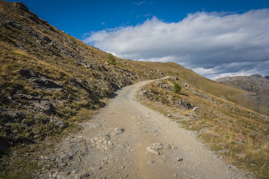 The Strada Dell'Assiette. Barely a road, and it went on like this for 40km.