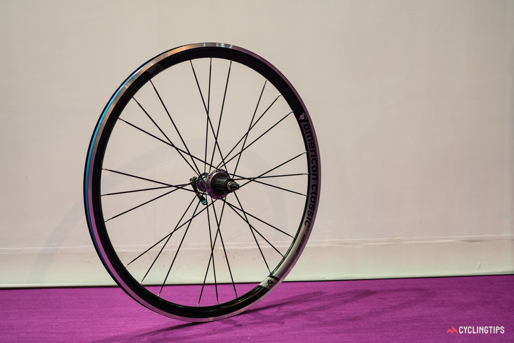 American Classic has revamped its workhorse Aero 420 wheelset with a more modern, wide-profile rim.