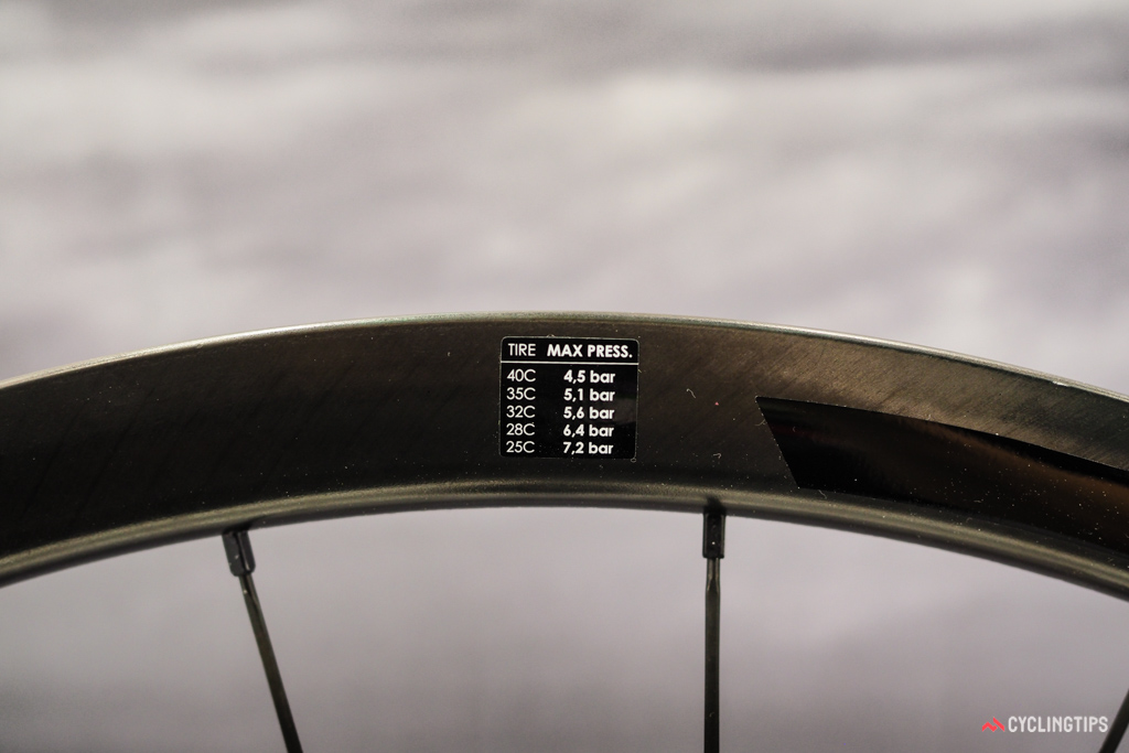 Kudos to 3T for educating riders on the need to use lower pressures with increasing tire widths.