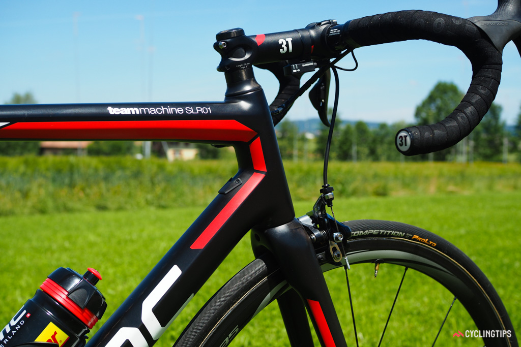 The function-over-form shaping doesn't yield the most sensual-looking frame but the TeamMachine SLR01 is almost universally lauded for its exceptional stiffness and surprisingly good ride quality.