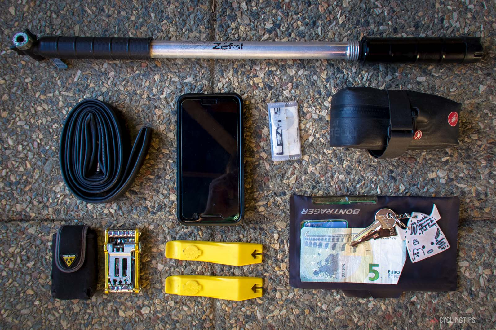 What Dave Everett carries on road rides