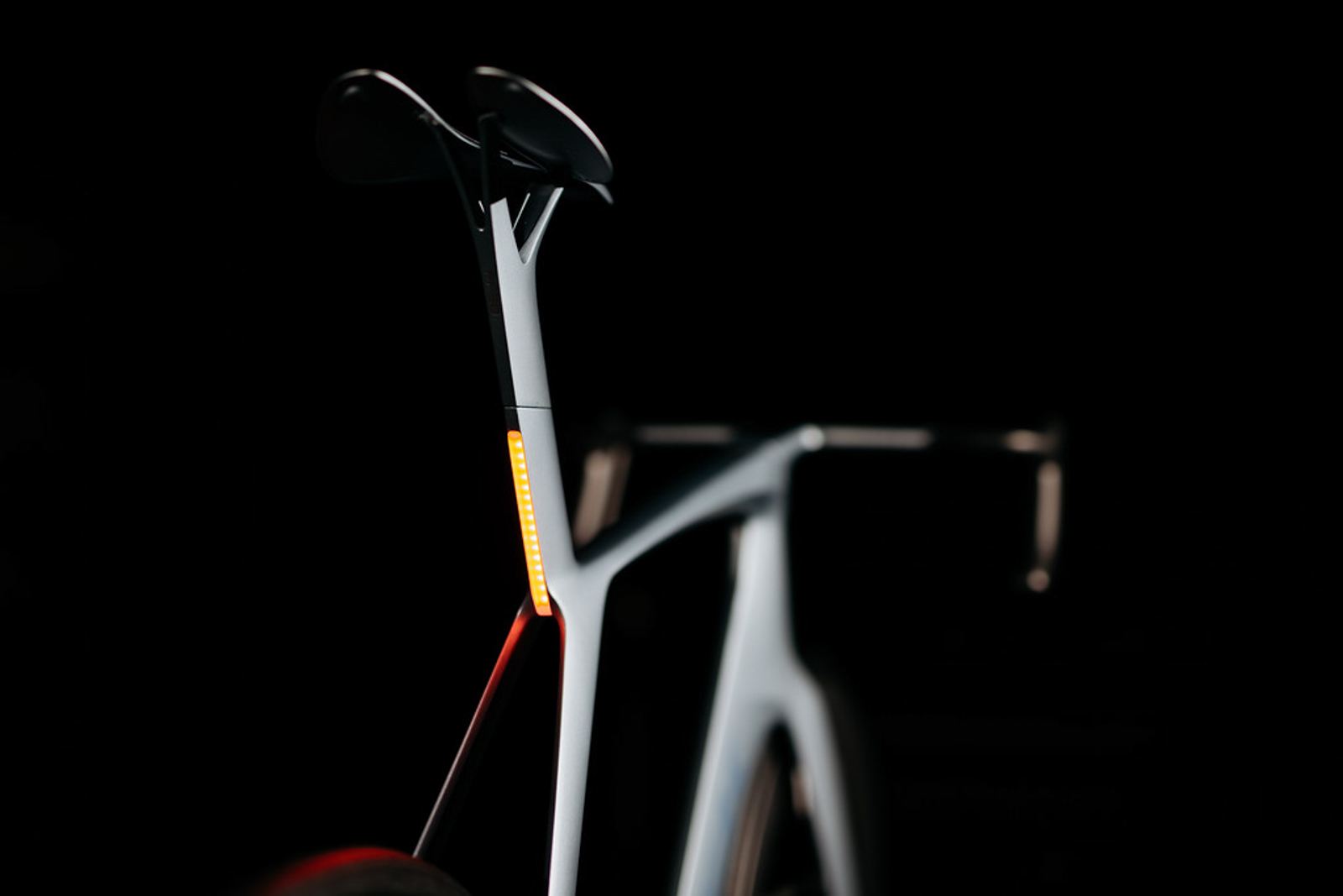 Rear LED flashers are built directly into the seatmast. Photo: Jeff Kennel.