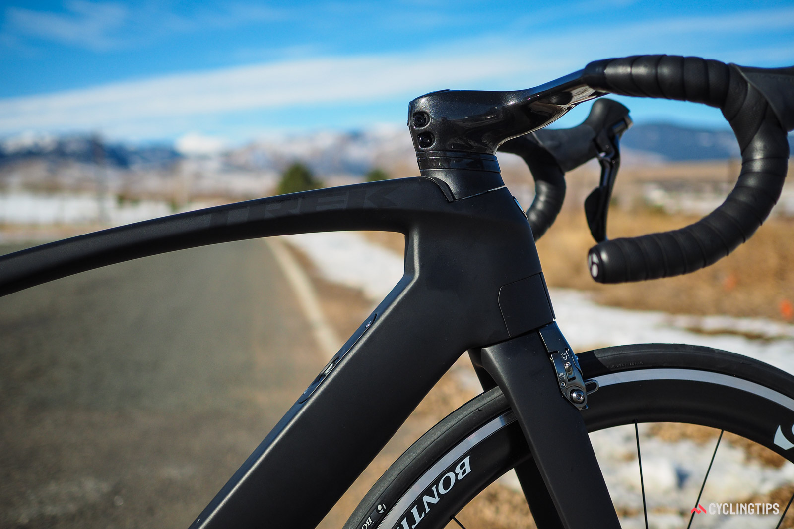 Trek Madone internal cable routing