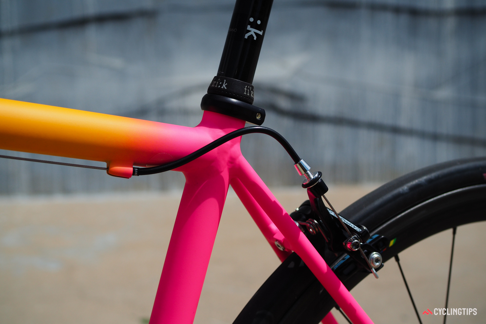 Cable routing is simple and purposeful.