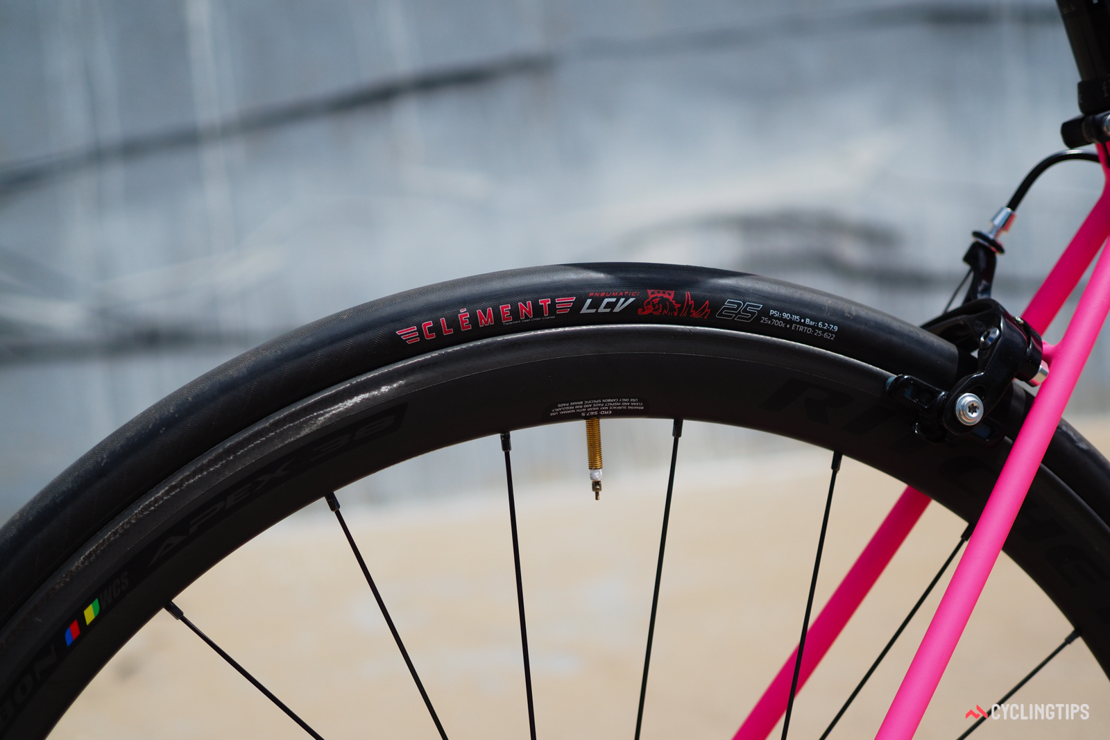 The Clement LCV tires feature supple, fast-rolling casings. They're mounted to Ritchey WCS Apex 38 carbon clinchers.