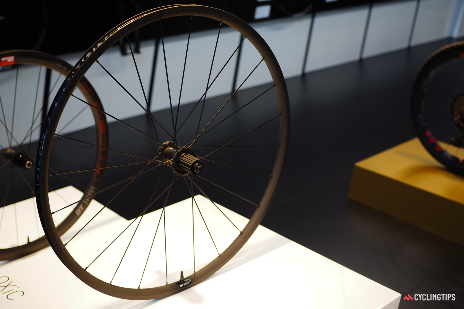 Much like Mavic, DT Swiss has historically been pretty conservative when it comes to rim width. Nevertheless, many of its new road models - like the PR 1400 DiCUT OXiC aluminum clinchers - use somewhat progressive 18mm internal rim widths.