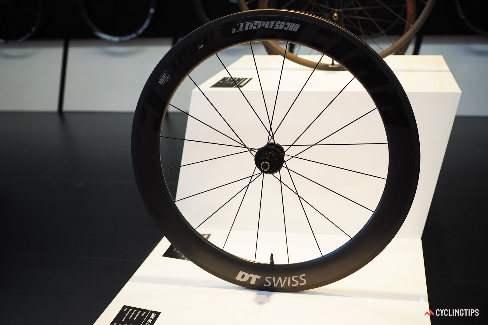 DT Swiss has adopted the more progressive 18mm internal rim width even on aero-profile wheels like the new RRC 65 DiCUT.