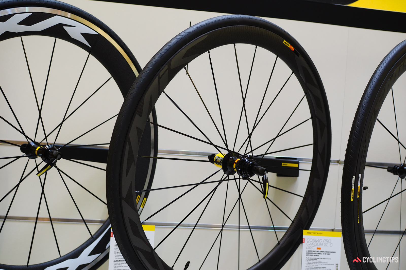 Mavic has widened much of its range for 2017, but models aimed strictly for pavement use such as the new Cosmic Pro Carbon SL C Disc still stick to a moderate 17mm internal rim width.