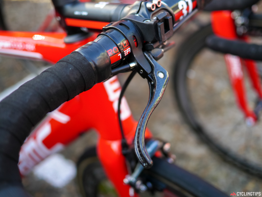 BMC were the only team to have carbon brake levers on the tops.
