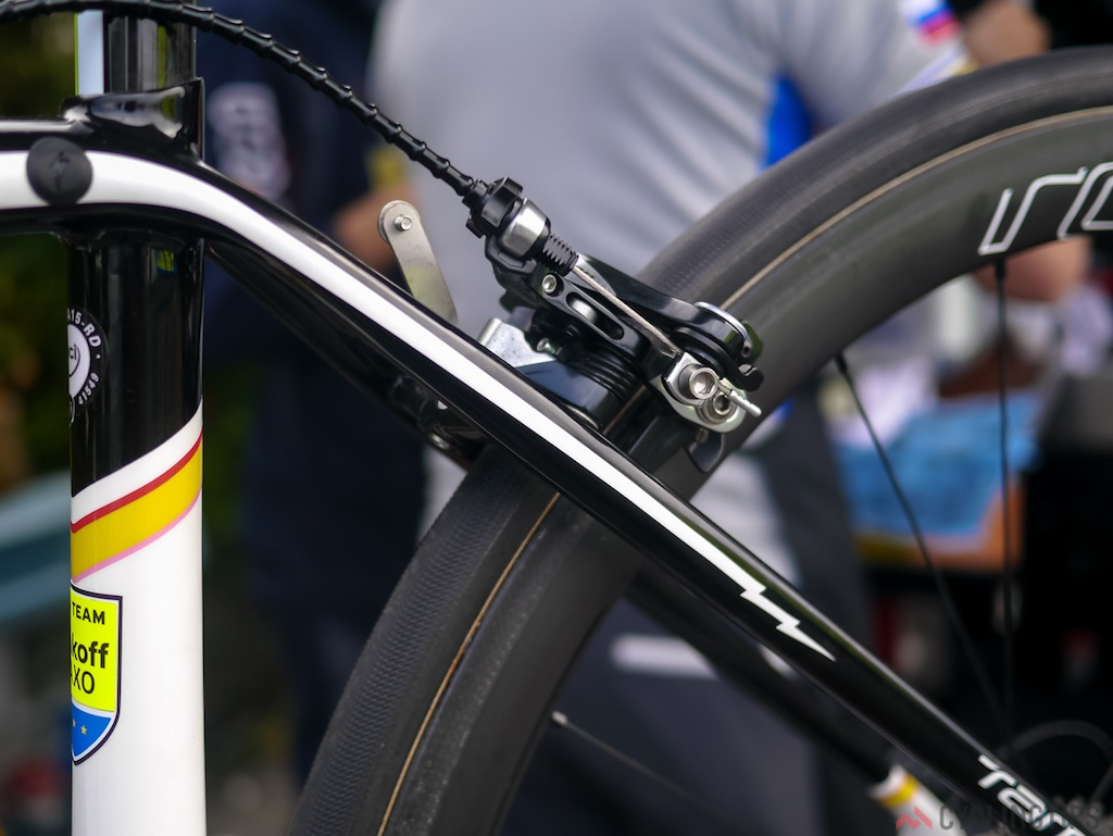 Lightning bolts grace the seat stays of Contador's Specialised Tarmac.