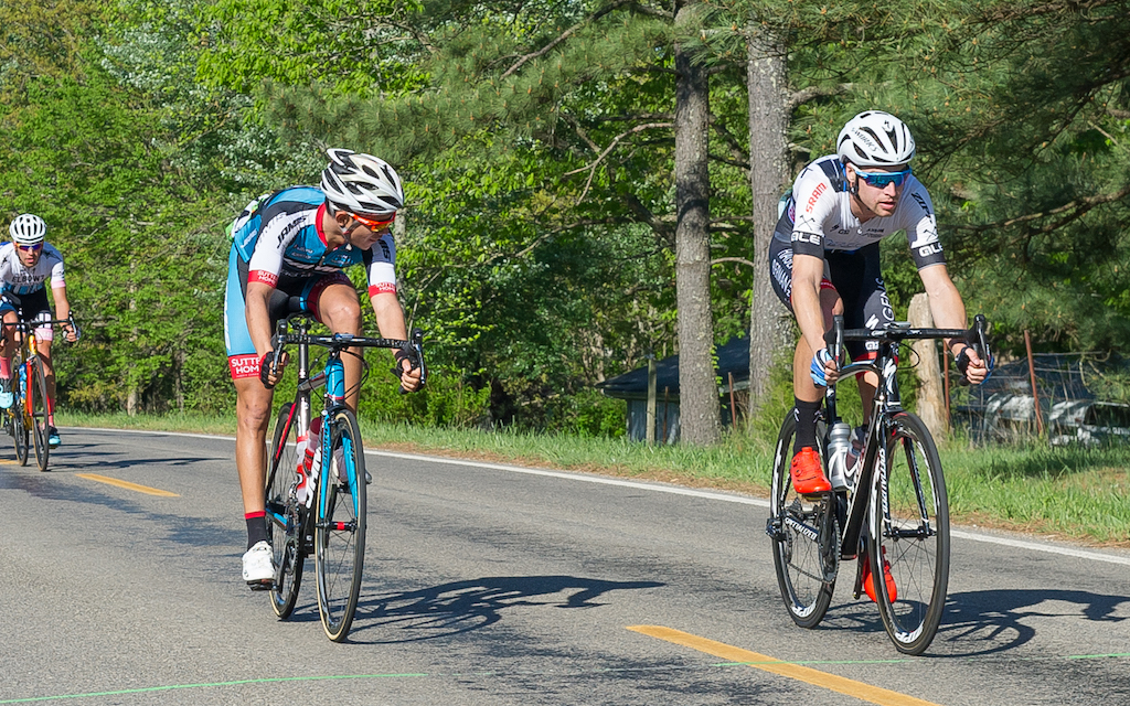 Sprint points were awarded every lap on Stage 3 as Philip O'Donnell (Axeon Hagens Berman) edged out Brayan Sanchez (Jamis-Sutter Home) for sprint points. Photo: Dejan Smaic.
