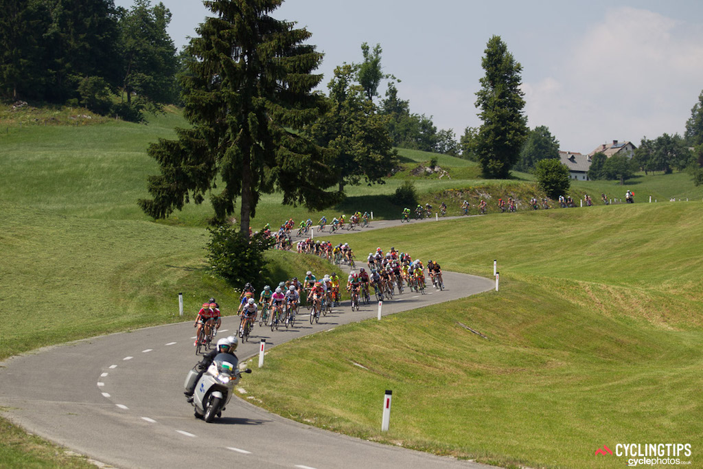 The peloton had no problem keeping the three-rider breakaway in check on stage one.