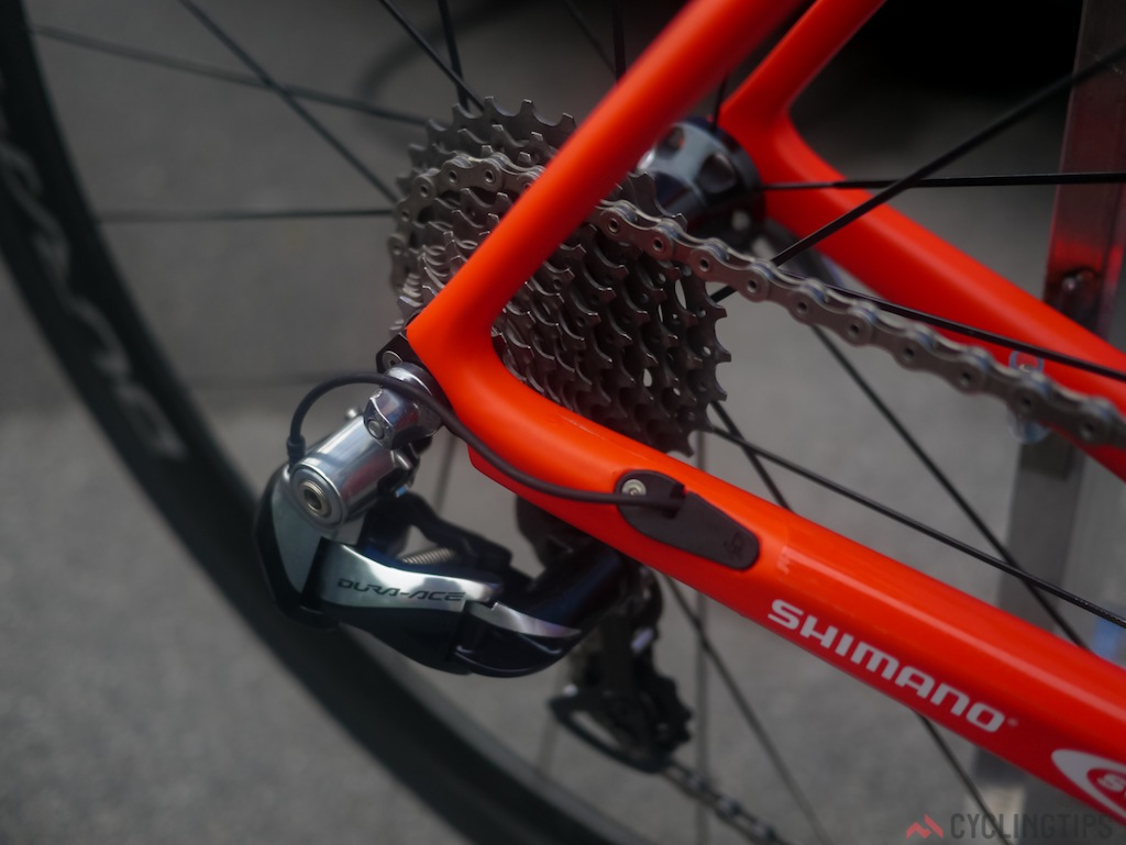 Tidy cable routing clearly allows for both electronic and mechanical routing.