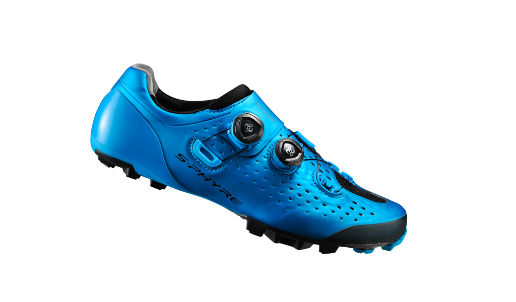 Shimano S-Phyre XC900 in blue