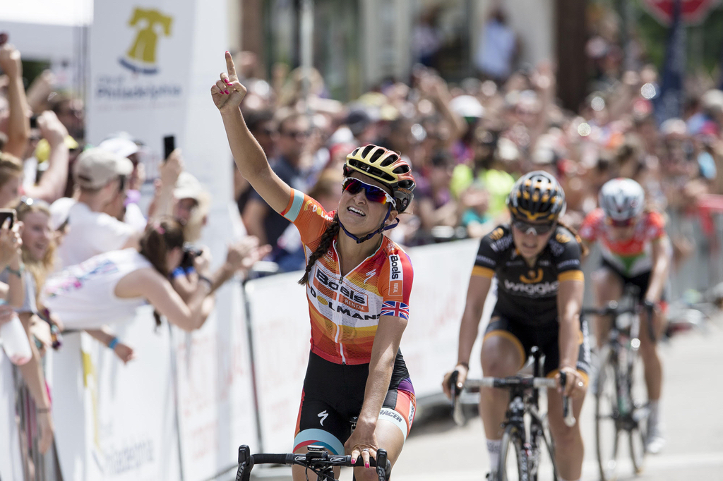 Lizzie Armitstead (Boels-Dolmans) handily wins the Philly Cycling Classic.